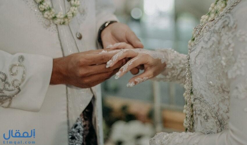 تفسير حلم اعطاء خاتم لشخص ودلالته كما ذكره كبار مفسري الأحلام