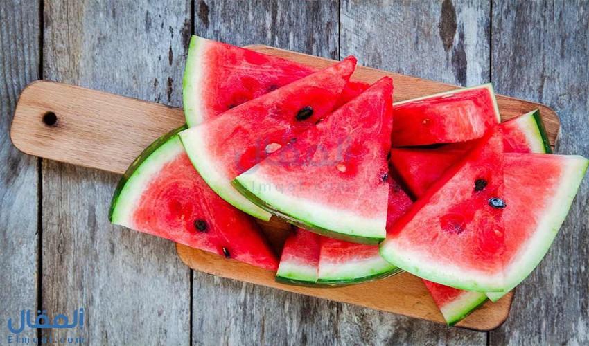 فوائد البطيخ الصحية وقيمته الغذائية