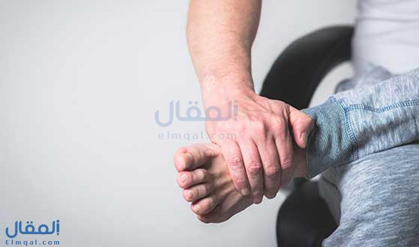 أسباب التهاب أوتار القدم والأعراض والأنواع والعلاج