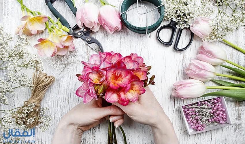 كيفية تنسيق وترتيب الزهور لتحصل على باقة أزهار جميلة ومذهلة