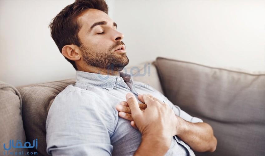 أسباب آلام الصدر المفاجيء وعلاجه ونصائح للوقاية منه