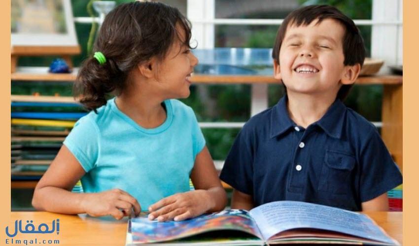 استمتعوا قبل النوم بسرد قصص مضحكة لأطفالكم