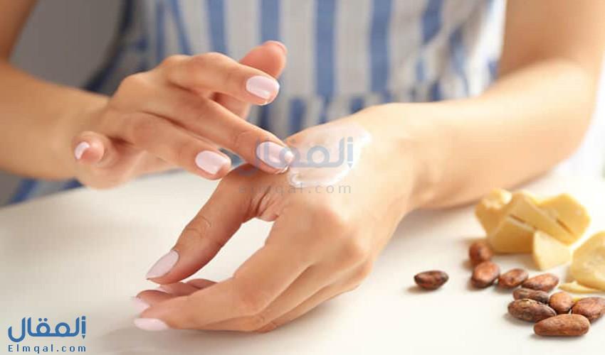 كيف تساعد زبدة الكاكاو Cocoa Butter على ترطيب الجسم؟