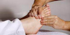 أسباب آلام القدمين foot pain وعلاجها ونصائح للوقاية منها